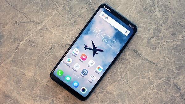 Cách ẩn bỏ tai thỏ và bo cong màn hình điện thoại siêu đẹp